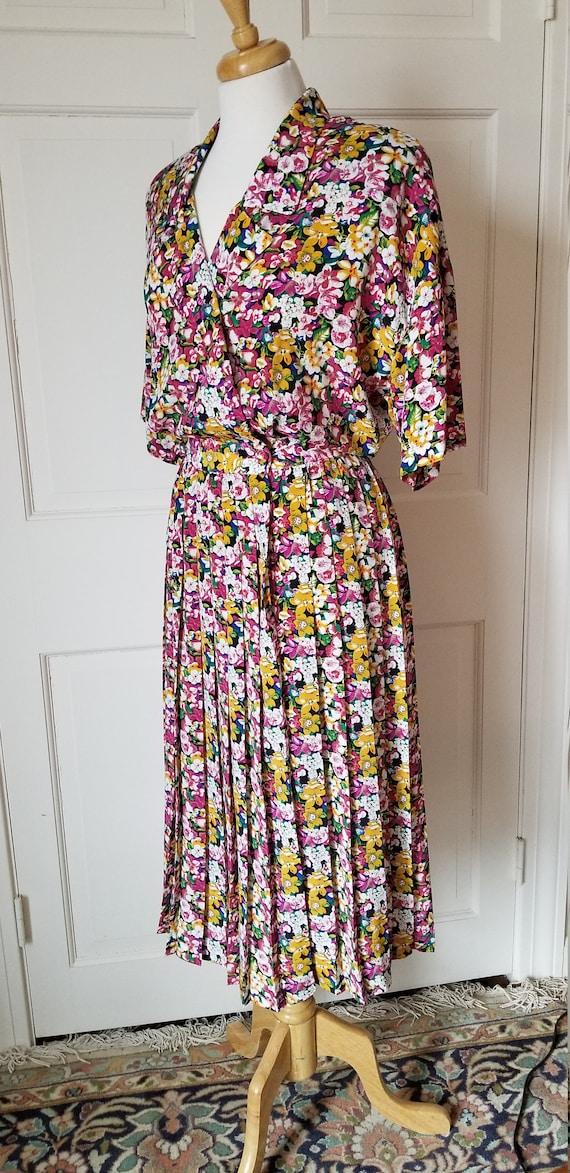Vintage 1980s-1990s Ms Chaus floral shirtwaist dre