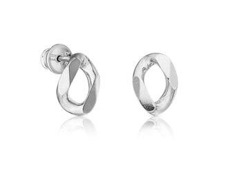 Chain Obsession O Earrings