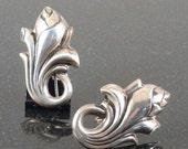 Vintage Taxco Rancho Alegre Gallery Sterling Silver Repousse Flower Bud Swirl Earrings c1950s screw back