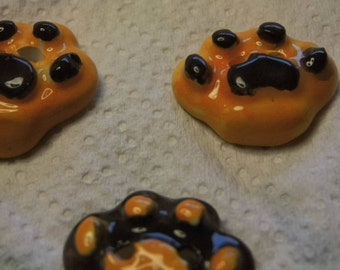 Dog paws buttons