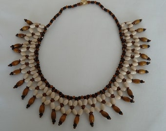 Necklace with wooden pearls