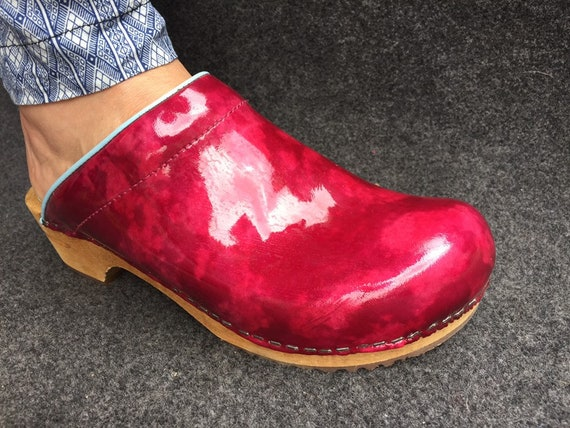 Stunning Wooden Clogs Patent Leather EU41