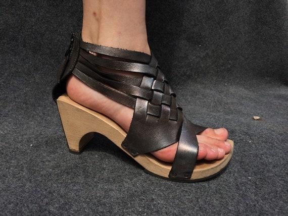 Classy Leather Sandals Trippen Silver EU 39