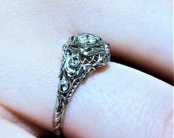 18K White Gold Art Nouveau Diamond Ring