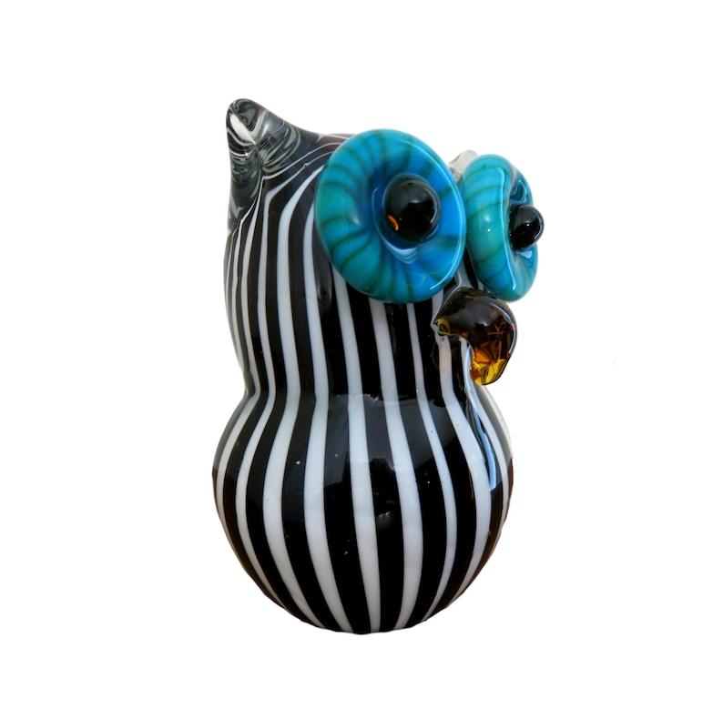 "Blown Glass Figurine /""Murano/"" Small Bird OWL with White Eyes"