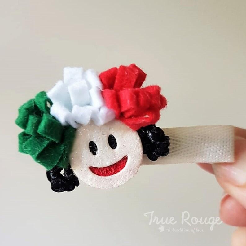 Folkloric little Hispanic hair clip image 0