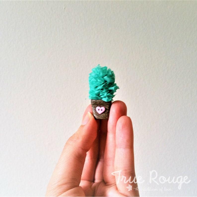 Nature-inspired Itty Bitty Cactus Headband image 0