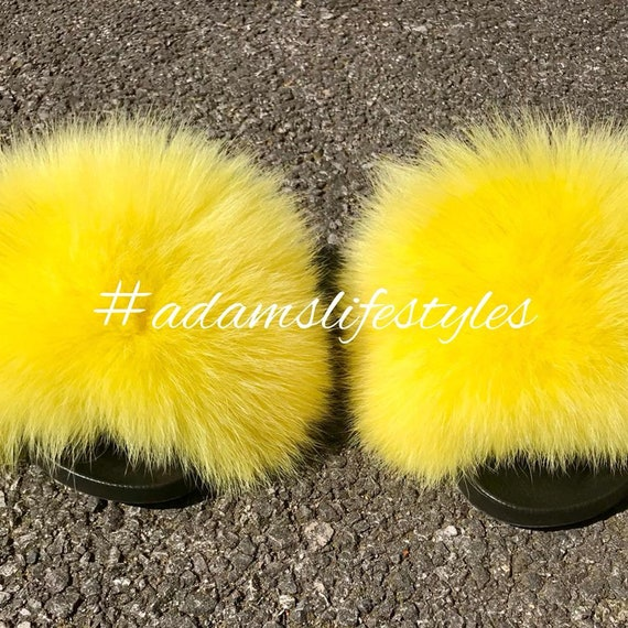c7aa7d818407 Available in all size real luxury Nike fox fur slide slider