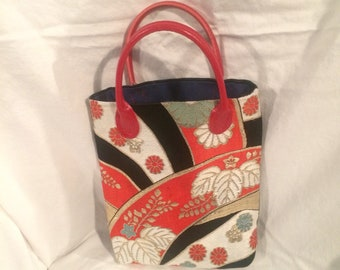 Japanese Go-with-the-Flow Handbag