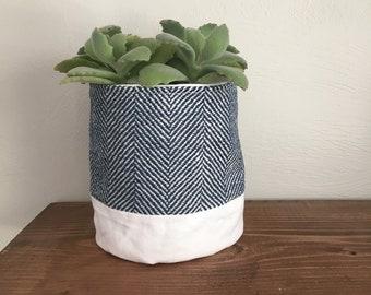 Fabric plant holder