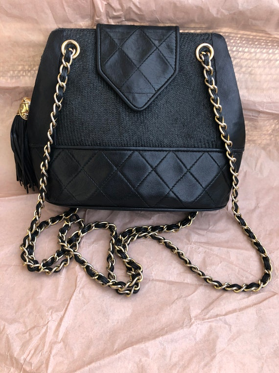 Chanel Vintage Shoulderbag - early 1990's