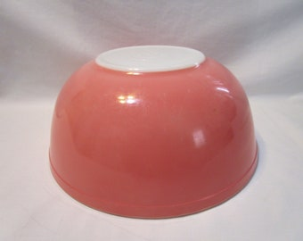 Vintage Pyrex Solid Pink Flamingo Mixing Nesting Bowl 404   4 QT  French Country