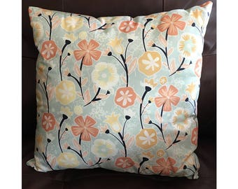 Soft Color Flower Pillow