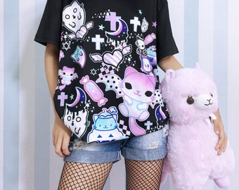 4d0a10591 Magic cats - Unisex T-shirt - Kawaii pastel goth, creepy cute, melty  crescent, spooky cat ghost, halloween, harajuku, purple black tee - TM2