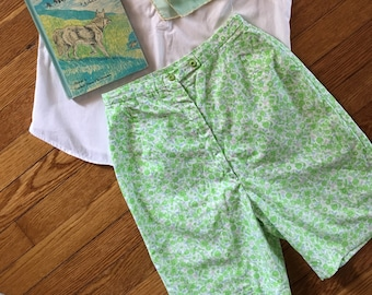 60's XS Spring Pastel and Green Floral Bermuda Shorts