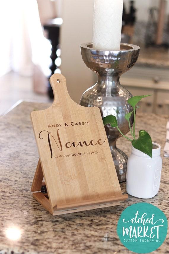 livre de recettes cuisine stand personnalis ipad tablette porte du bambou bois chef chevalet. Black Bedroom Furniture Sets. Home Design Ideas