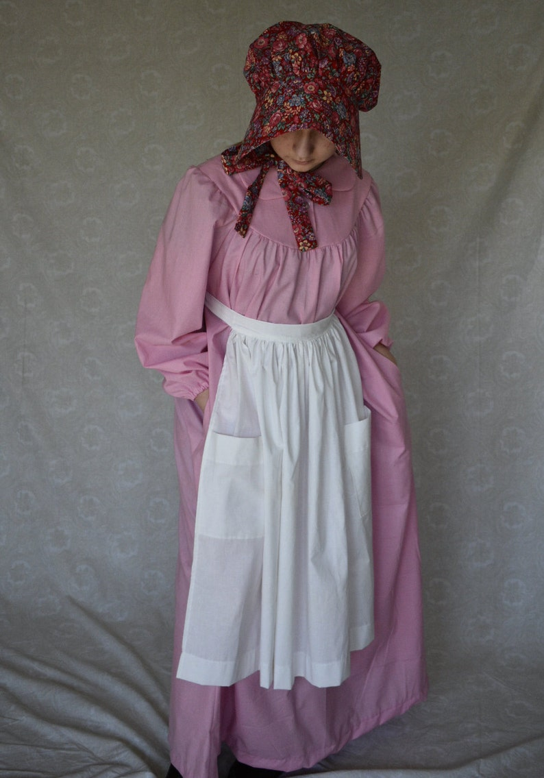 Victorian Dresses | Victorian Ballgowns | Victorian Clothing LAURA Cotton Solid Prairie Dress with round yoke and pockets Pioneer Western Frontier Homestead $60.35 AT vintagedancer.com