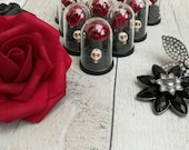 10 x Gothic Wedding Favours, Rose dome wedding, Gothic Red rose, Skull wedding, Gothic wedding, Alternative Wedding favours, Gothic bride