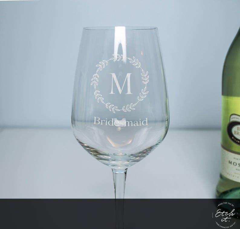 Wedding Favours Bridesmaid Personalised Wine Glasses Bomboniere Personalised Glassware Wedding Gift Gift Idea