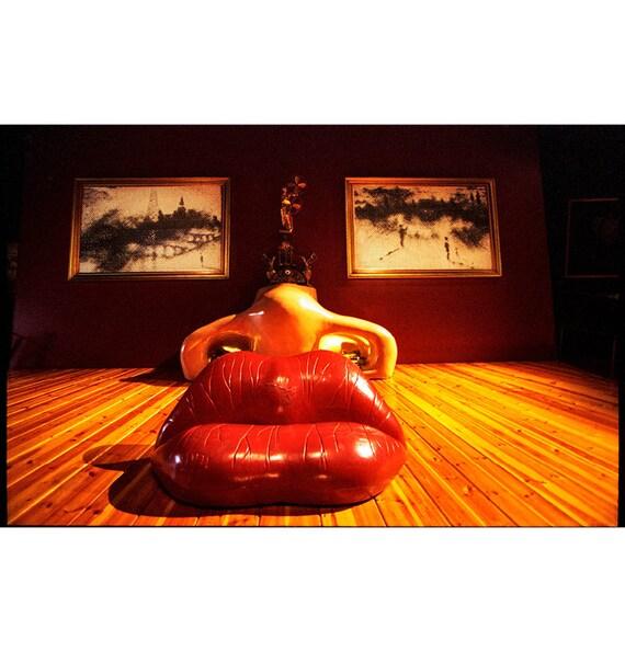 Divano Labbra Di Mae West.Articoli Simili A Divano Labbra Di Mae West Salvador Dali Museum
