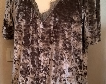 Tee shirt, short sleeves, velvet and lace in beige, taupe