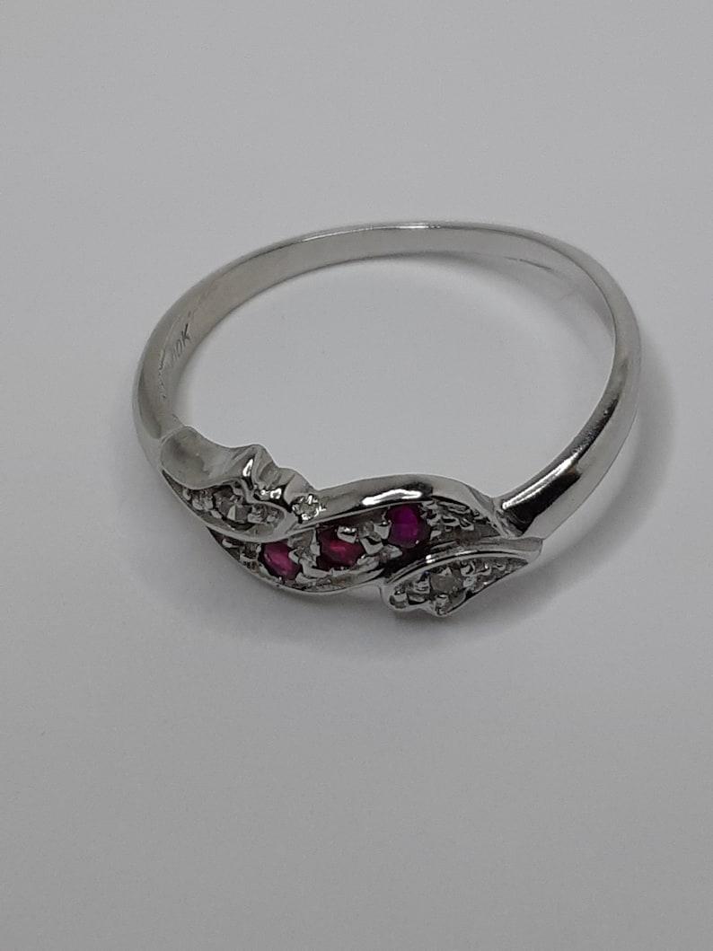 White Gold Ring Vintage Style Ring Diamond Ring Rubies Rings Vintage Ring Ruby Ring Diamond and Ruby Diamond Ring