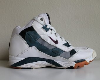 buy online 1c799 414d2 Vintage 90s Nike Air Total Body Conditioning High Top Shoe   Dad Sneaker    Womens Size US 9 EUR 40.5