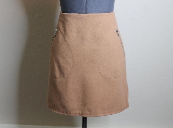 Vintage 90s Tan Mini Skirt | Nude Skirt 90s Does … - image 4