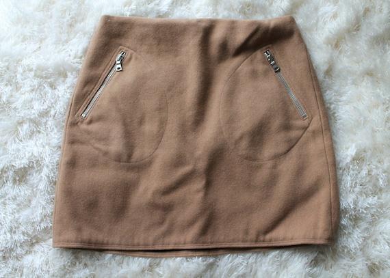 Vintage 90s Tan Mini Skirt | Nude Skirt 90s Does … - image 3