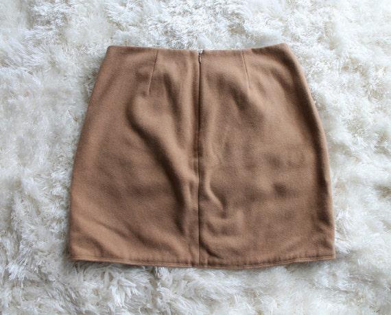 Vintage 90s Tan Mini Skirt | Nude Skirt 90s Does … - image 2