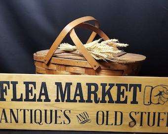 Flea Market Sign, hand painted sign, Wood sign, vintage flea market sign, rustic flea market sign, farmhouse decor, wall decor, autumn decor