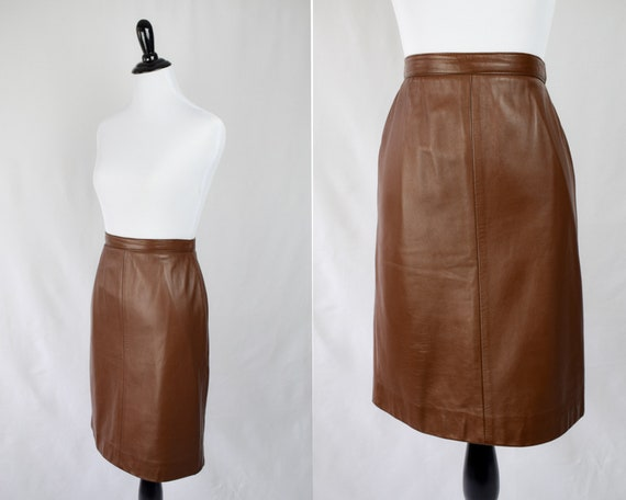 1990s Brown Leather Miniskirt // A Line Brown Leat