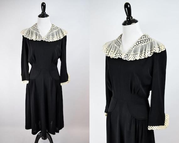 1940s Lace Collar Black Crepe Day Dress // 1940s B