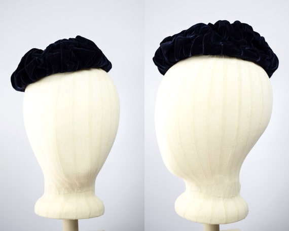 1940/50s Navy Blue Velvet Cocktail Hat // Vintage