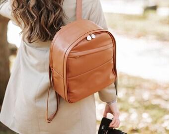 The Mini Tog Bag - The compact camera bag for work and play.