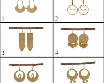 18k Gold on Brass Hook Minimalist Gold Earrings Bridesmaid Gifts Jewelry EJ-1099 Brushed Wavy Gold Earrings Stud Drop Earrings