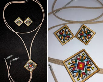 Embroidered necklace and earrings. Embroidered jewelry.