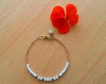 White Bracelet Seed bead bracelet Gold bracelet Delicate bracelet Anniversary gift gift for her