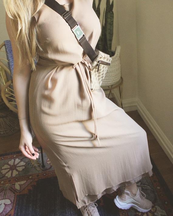 Beige Silk Dress / 100% Silk / Vintage Dress / Vin