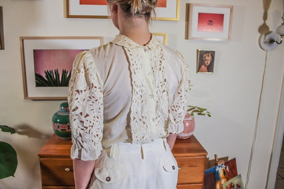 Embroidered Sleeve White Top / Vintage White Sleev