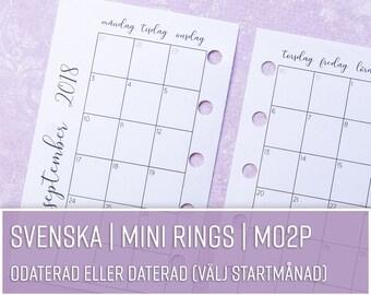 SV MO2P | Månadsöversikt | MINI Rings svenska | Kalenderinlaga till Filofax, Kikki K och andra ringbundna planners