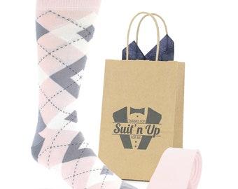 6da042dd2c1c Customizable Blush Petal Pink Gray Argyle Wedding Socks with Matching  Necktie and Gift Bag for Groomsmen
