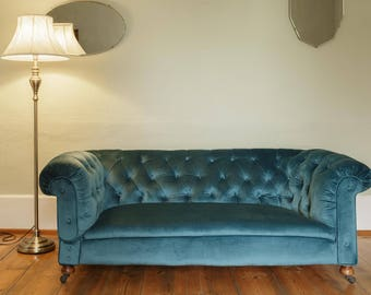 Beautiful antique Victorian Dutch oak framed chesterfield sofa with drop end in gorgeous teal/blue colour velvet - statement-functional