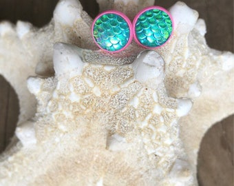 Green Mermaid Earrings. Green and Pink Earrings. Mermaid Scale.