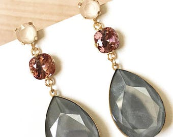 Long teardrop/Drop earrings Trinidad Gray Swarovski Chic cake for party, wedding, communion. Elegant and full of color