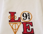 Harry Potter Love 9 3/4 Embroidered Hand Towel