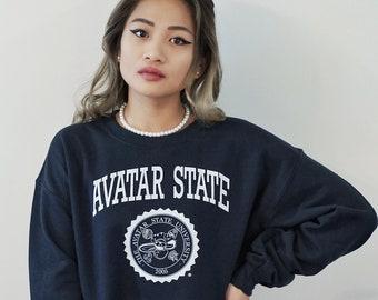 AVATAR STATE UNIVERSITY Print White on Navy Blue Basic Crewneck Sweatshirt