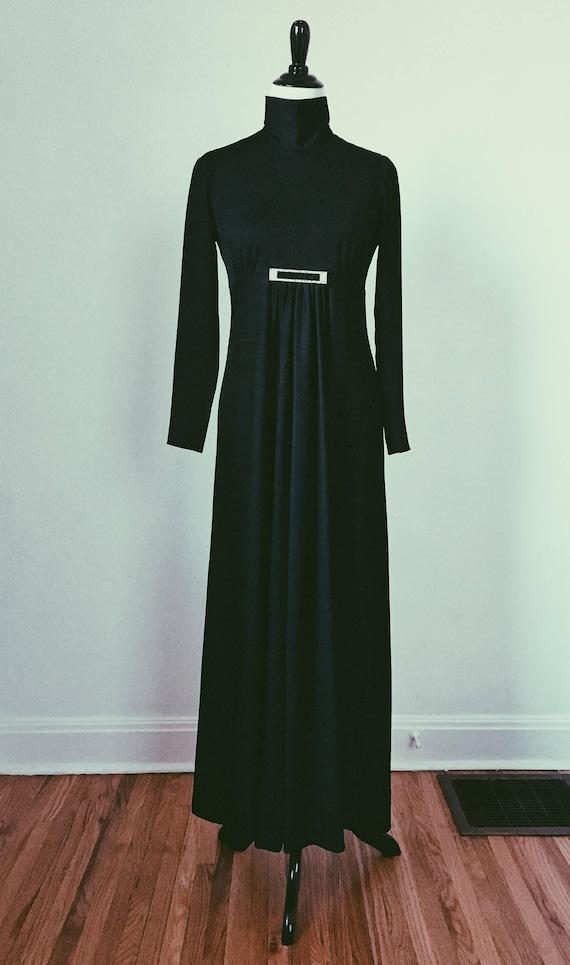 Vintage Black Maxi Long Sleeve Turtleneck Empire W