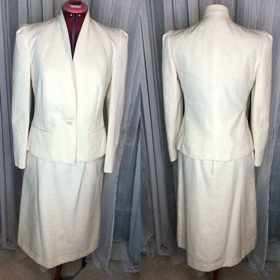 Raphaelo cream suit puff sleeve sz 8