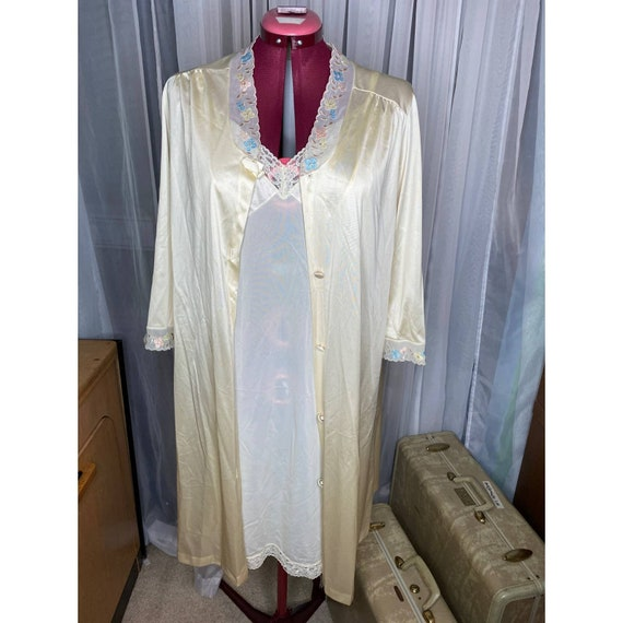 Vanity fair nightgown Robe set butter yellow - image 1